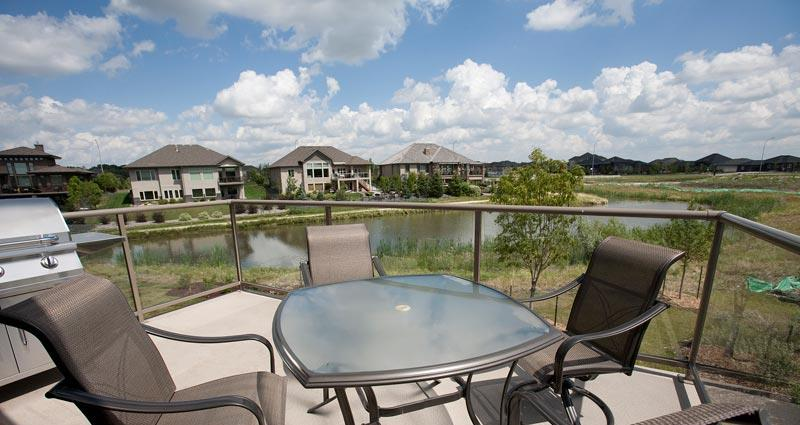 9 willow landing patio view